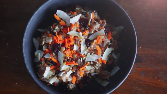 Nutty Carrot Cake Oatmeal